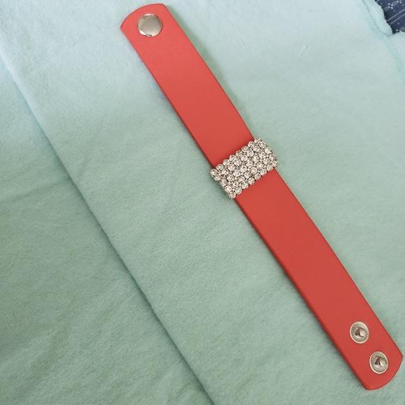 NWT Paparazzi ~ Walk the Catwalk ~ Pink Bracelet